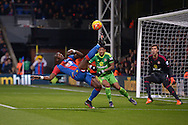Yannick Bolasie of Crystal Palace stretches as he attempts a shot for goal. Barclays Premier league match, Crystal Palace v Sunderland at Selhurst Park in London on Monday 23rd November 2015.<br /> pic by John Patrick Fletcher, Andrew Orchard sports photography.
