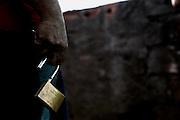 Itauna_MG, 30 de janeiro de 2014.<br /> <br /> Modelos alternativos de presidios<br /> <br /> Na foto, recuperando do regime semi aberto segura o cadeado que da acesso ao regime fechado na APAC de Itauna, referencia nacional no modelo que prega um presidio sem policias e armas.<br /> <br /> Foto: LEO DRUMOND / NITRO
