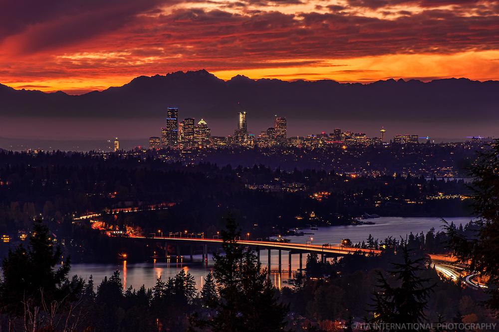 Seattle Skyline, Autumn Sunset