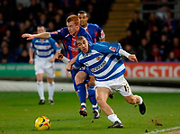 Photo: Daniel Hambury.<br />Crystal Palace v Reading. Coca Cola Championship.<br />20/01/2006.<br />Palace's Ben Watson (L) and Reading's James Harper battle for the ball