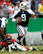 October 11, 2009:   Quarterback Tony Romo #9 of the Dallas Cowboys scrambles out of trouble in the first half against the Kansas City Chiefs at Arrowhead Stadium in Kansas City, Missouri.  The Cowboys defeated the Chiefs in overtime 26-20...