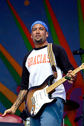 27 April 2013. New Orleans, Louisiana,  USA. .New Orleans Jazz and Heritage Festival. Ben Harper on the Gentilly stage..Photo; Charlie Varley.