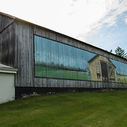 A painted barn with a poultry theme in Lancaster County, Pennsylvania.