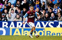 Photo: Alan Crowhurst.<br /> Reading v Aston Villa. The Barclays Premiership. 10/02/2007. Villa's Shaun Maloney.