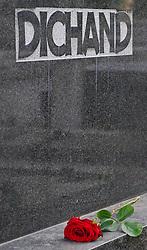 16.05.2011, Friedhof Grinzing, Wien, AUT, Friedhof Features, im Bild Grabstein vom Journalisten und Herausgeber Kronenzeitung Hans Dichand, EXPA Pictures © 2011, PhotoCredit: EXPA/ M. Gruber