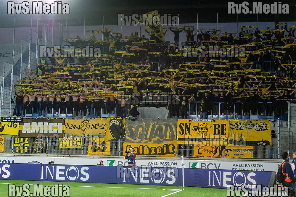 LAUSANNE, SWITZERLAND - SEPTEMBER 22: BSC Young Boys fans celebrates during the Swiss Super League match between FC Lausanne-Sport and BSC Young Boys at Stade de la Tuiliere on September 22, 2021 in Lausanne, Switzerland. (Photo by Monika Majer/RvS.Media)