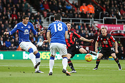 Dan Gosling of Bournemouth gets a shot in early on - Mandatory by-line: Jason Brown/JMP - Mobile 07966 386802 28/11/2015 - SPORT - FOOTBALL - Bournemouth, Vitality Stadium - AFC Bournemouth v Everton - Barclays Premier League