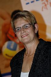 08-10-2006 VOLLEYBAL: GALA 2006: DOETINCHEM<br /> In de schouwburg van Doetinchem werd het volleybalgala 2006 gehouden / Siny Pots<br /> ©2006-WWW.FOTOHOOGENDOORN.NL