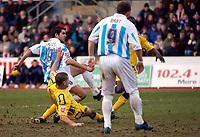 Photo: Daniel Hambury.<br />Brighton & Hove Albion v Leicester City. Coca Cola Championship. 11/02/2006.<br />Brighton's Alexandre Frutos scores to make it 1-2.