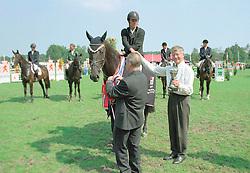 Winnaar 5 jarige paarden Olando - Hank Melse<br />KWPN Paardendagen 2001<br />Photo © Dirk Caremans