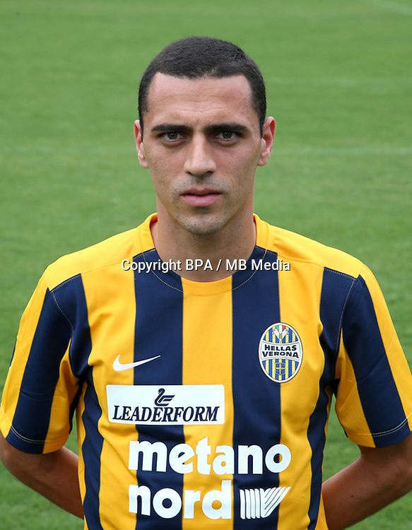 "Italian League Serie A -2015-2016 / <br /> ( Hellas Verona FC ) - <br /> Romulo Souza Orestes Caldeira "" Romulo """