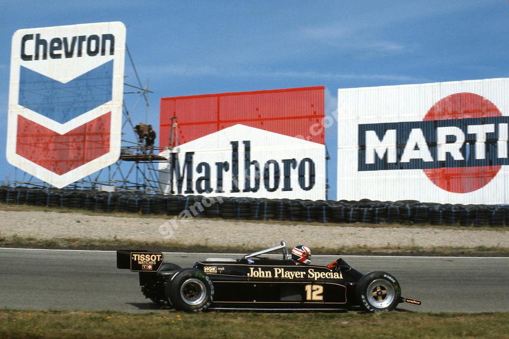Nigel Mansell (Lotus-Ford) in the 1981 Dutch Grand Prix in Zandvoort. Photo: Grand Prix Photo