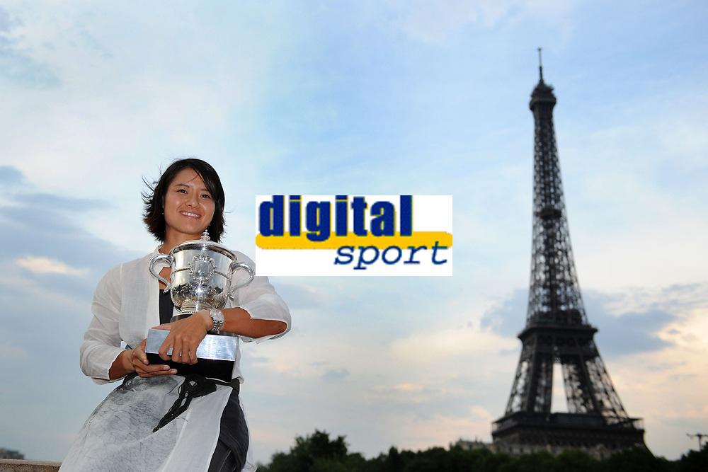 TENNIS - GRAND CHELEM - ROLAND GARROS 2011 - PARIS (FRA) - FINAL_WOMEN - 04/06/2011 - PHOTO : VIRGINIE BOUYER / TENNIS MAG / DPPI - LI NA (CHN)