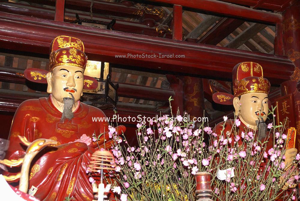Temple of Literature, Hanoi, Vietnam, Statue of Confucius