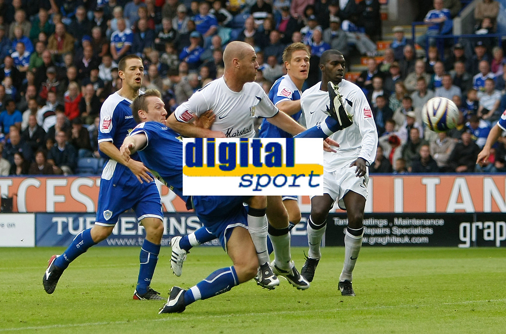 Photo: Steve Bond/Richard Lane Photography<br />Leicester City v MK Dons. Coca-Cola League One. 09/08/2008. Steve Howard stretches for the ball in front of Sean O'Hanlon
