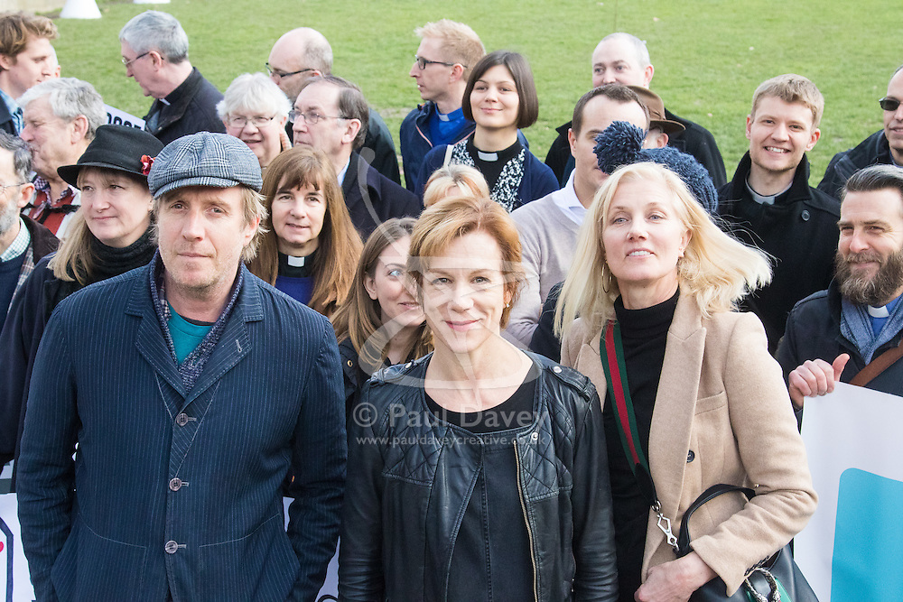 London, March 7th 2017. Public figures including Juliet Stevenson, Toby Jones, Rhys Ifans, Joely RIchardson and Vanessa Redgrave, faith leaders from the Jewish and Christian communities, MPs and Lord Dubs gather at Parliament to appeal to MPs to re-consult with local authorities to save the 'Dubs Scheme', to accommodate vulnerable refugee children from Europe. PICTURED: L-R Rhys Ifans, Juliet Stevenson, Joely Richardson