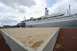 20150618 NED: WK Beach volleybal speelsteden, Rotterdam<br /> De bouw van het beachstadion in Rotterdam is gestart. Van 26 juni tot 2 juli wordt bij de SS Rotterdam het WK Beachvolleybal gehouden