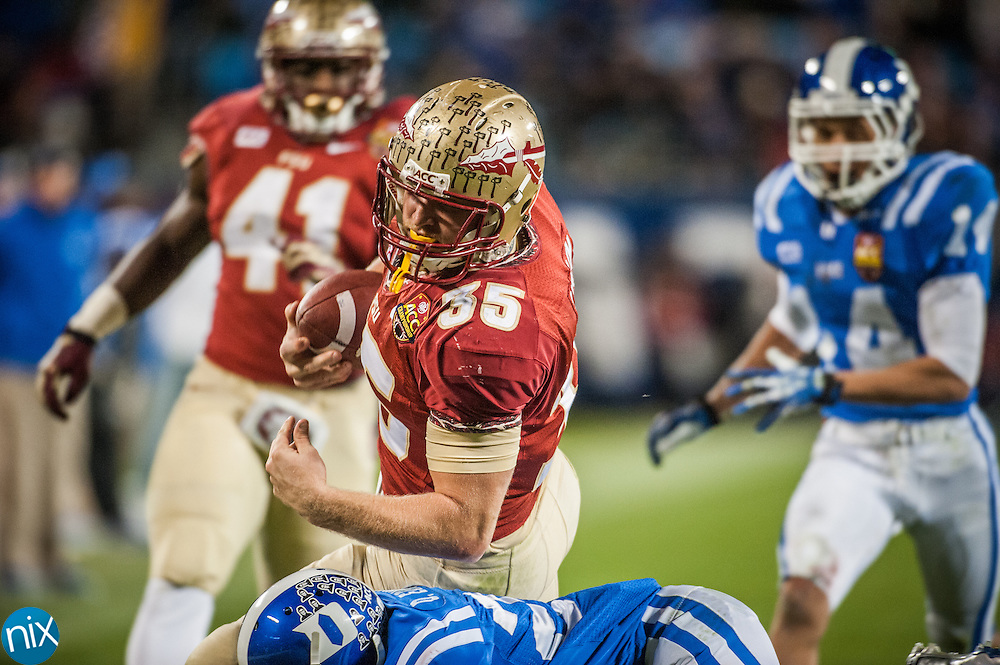 Florida State's Nick O'Leary makes a catch against Duke during the ACC Championship game at Bank of America Stadium in Charlotte Saturday night. Florida State won the game 45-7.