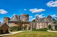 France, Vendée (85), La Flocelliere, le chateau, le bocage vendéen // France, Vendée,  La Flocelliere, the castle