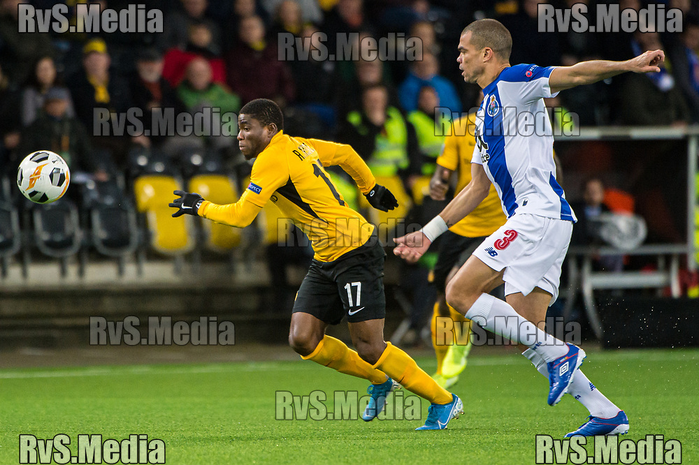 BERN, SWITZERLAND - NOVEMBER 28: #17 Roger Assale of BSC Young Boys battles for the ball with #3 Pepe of FC Porto during the UEFA Europa League group G match between BSC Young Boys and FC Porto at Stade de Suisse, Wankdorf on November 28, 2019 in Bern, Switzerland. (Photo by Robert Hradil/RvS.Media)