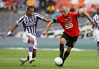 Fotball<br /> Frankrike<br /> Foto: Dppi/Digitalsport<br /> NORWAY ONLY<br /> <br /> FOOTBALL - FRENCH CHAMPIONSHIP 2008/2009 - L1 - TOULOUSE FC v STADE RENNAIS - 30/08/2008 - JEROME LEROY (REN) / ETIENNE CAPOUE (TFC)<br /> <br /> Rennes