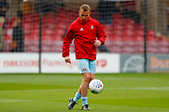 Sunderland midfielder Lee Cattermole (6) warming up  during the EFL Sky Bet League 1 match between Bradford City and Sunderland at the Northern Commercials Stadium, Bradford, England on 6 October 2018.