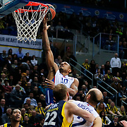 Anadolu Efes's Dontaye Draper (B) during their Turkish Airlines Euroleague Basketball Top 16 Round 14 match Fenerbahce Ulker between Anadolu Efes at the Ulker Sports Arena in Istanbul, Turkey, Thursday 09 April, 2015. Photo by Aykut AKICI/TURKPIX