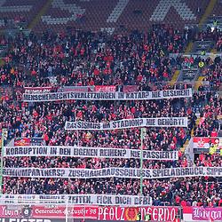 FCK-Fans protestieren gegen den DFB beim Spiel in der 3. Liga, 1. FC Kaiserslautern - SV Meppen.<br /> <br /> Foto © PIX-Sportfotos *** Foto ist honorarpflichtig! *** Auf Anfrage in hoeherer Qualitaet/Aufloesung. Belegexemplar erbeten. Veroeffentlichung ausschliesslich fuer journalistisch-publizistische Zwecke. For editorial use only. DFL regulations prohibit any use of photographs as image sequences and/or quasi-video.