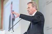 28 JUN 2019, BERLIN/GERMANY:<br /> Guenther Oettinger, EU-Kommissar fuer Haushalt und Personal, haelt eine Rede, Tag des Deutschen Familienunternehmens, Hotel Adlon<br /> IMAGE: 20190628-01-318<br /> KEYWORDS: Günther Oettinger