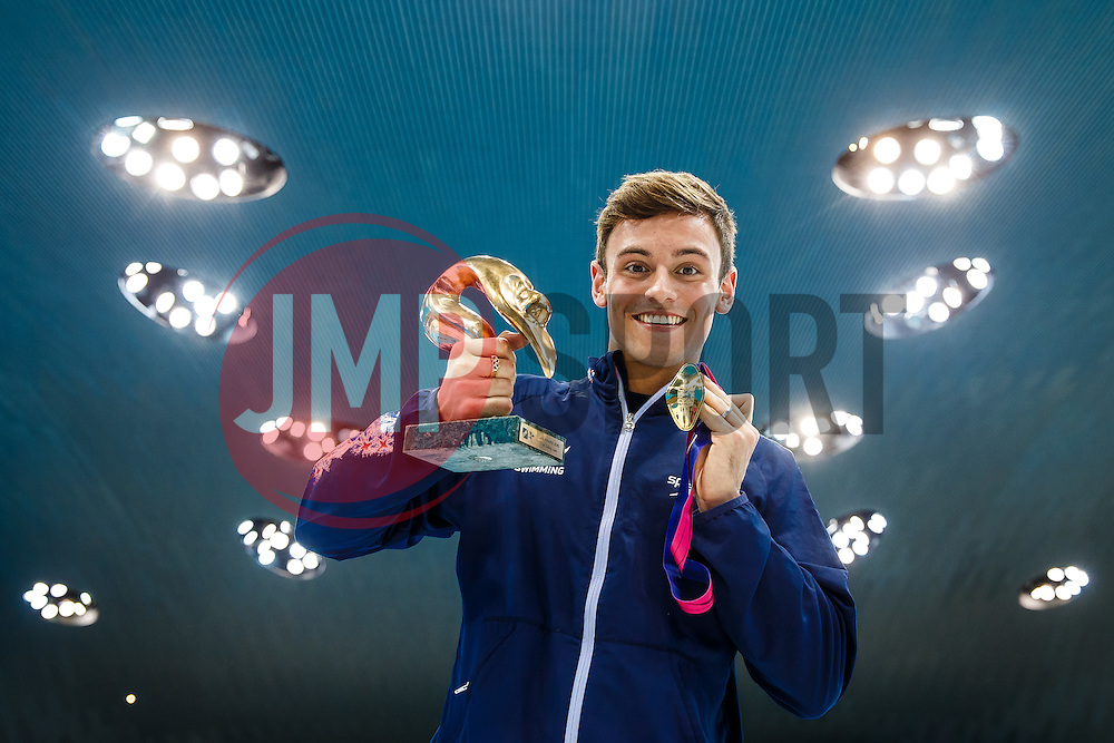 Tom Daley of Great Britain celebrates with his  LEN European Diver of 2015 Award and his Gold Medal from the Mens 10m Platform Final (won with a score of 570.50) - Mandatory byline: Rogan Thomson/JMP - 15/05/2016 - DIVING - London Aquatics Centre - Stratford, London, England - LEN European Aquatics Championships 2016 Day 7.