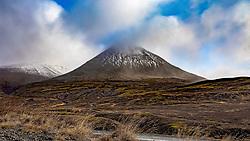 THEMENBILD - der Berg Baulusandur, Vestfjaroeavegur Borgarbyggoe aufgenommen am 21. Oktober 2019 in Island // the mountain Baulusandur, Vestfjaroeavegur Borgarbyggoe, Iceland on 2019/10/21. EXPA Pictures © 2019, PhotoCredit: EXPA/ Peter Rinderer