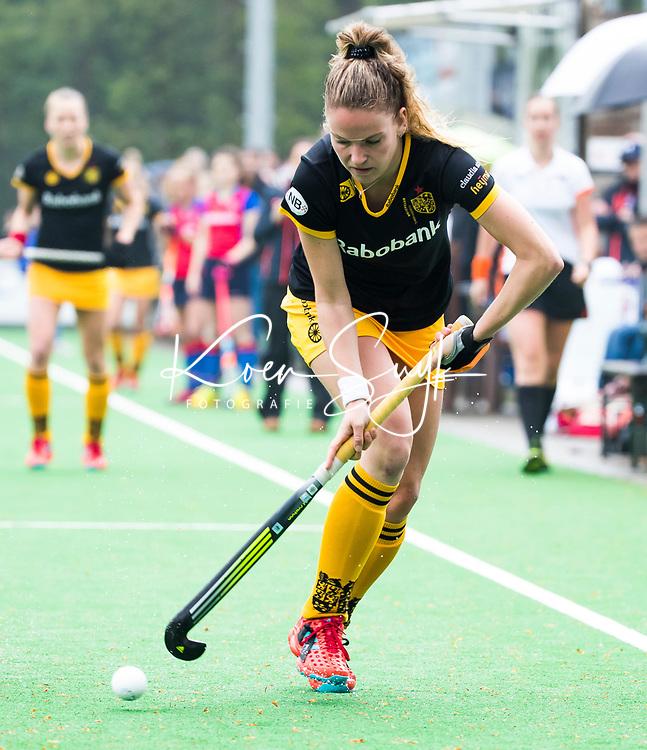 BILTHOVEN  - Hockey -  1e wedstrijd Play Offs dames. SCHC-Den Bosch (0-1). Maartje Krekelaar (Den Bosch)      COPYRIGHT KOEN SUYK