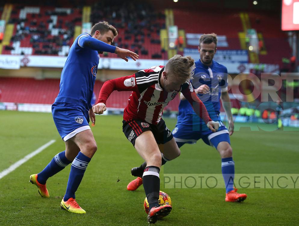 Mark Duffy of Sheffield Utd wins the ball during the English League One match at Bramall Lane Stadium, Sheffield. Picture date: December 26th, 2016. Pic Simon Bellis/Sportimage