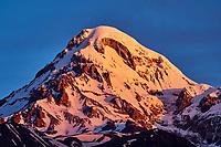 Georgie, Caucase, Stephantsminda, Kazbegi, Mont Kazbek à 5047 m// Georgia,  Caucasus, Stephantsminda, Kazbegi, Kazbek Mount 5047m