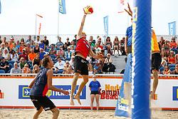 20150830 NED: NK Beachvolleybal 2015, Scheveningen<br />Sven Vismans, Steven v.d. Velde
