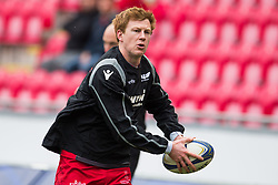 Scarlets' Rhys Patchell during the pre match warm up - Mandatory by-line: Craig Thomas/JMP - 09/12/2017 - RUGBY - Parc y Scarlets - Llanelli, Wales - Scarlets v Benetton Rugby - European Rugby Champions Cup