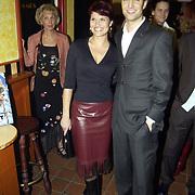 Uitreiking populariteitsprijs 2002, Anouk van Nes en bas Muijs