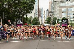 elite women start NYRR Oakley Mini 10K for Women