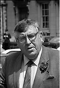 Dail Resumes After General Election.  (T3)..1989..29.06.1989..06.29.1989..29th June 1989..After the general election  members of the 26th Dáil arrived in Leinster House, Dublin to take their seats in the parliamentary chamber...Image shows Jim Kemmy TD arriving at Dáil Éireann to take his seat in the Dáil.