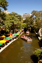 Texas: San Antonio, The Riverwalk with boats and river, photo: txsana101  .Photo copyright Lee Foster, www.fostertravel.com, 510/549-2202, lee@fostertravel.com