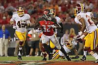 28 August 2014: Tampa Bay Buccaneers running back Jeff Demps (32) runs the ball during the NFL American Football Herren USA Preseason game between the Washington Redskins and Tampa Bay Buccaneers at Raymond James Stadium in Tampa, Florida. NFL American Football Herren USA AUG 28 Preseason - Redskins at Buccaneers PUBLICATIONxINxGERxSUIxAUTxHUNxRUSxSWExNORxONLY Icon0828201401009<br /> <br /> 28 August 2014 Tampa Bay Buccaneers Running Back Jeff Demps 32 Runs The Ball during The NFL American Football men USA Preseason Game between The Washington Redskins and Tampa Bay Buccaneers AT Raymond James Stage in Tampa Florida NFL American Football men USA Aug 28 Preseason Redskins AT Buccaneers PUBLICATIONxINxGERxSUIxAUTxHUNxRUSxSWExNORxONLY