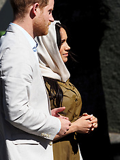 Prince Harry and Meghan Duchess of Sussex visit Auwal Mosque - 24 Sep 2019