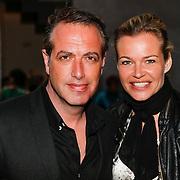 NLD/Den Haag/20130403 - Premiere de Huisvrouwenmonologen, Richard Kemper en partner Wendy