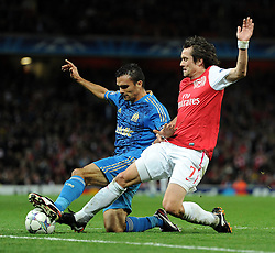 01.11.2011, Emirates Stadion, London, ENG, UEFA CL, Gruppe F, Arsenal FC (GBR) vs Olympique de Marseille (FRA), im Bild  Arsenal's Tomas Rosicky in action against Olympique de Marseille's Jeremy Morel // during UEFA Champions League group F match between Arsenal FC (GBR) and Olympique de Marseille (FRA) at Emirates Stadium, London, United Kingdom on 01/11/2011. EXPA Pictures © 2011, PhotoCredit: EXPA/ Propaganda Photo/ Chris Brunskill +++++ ATTENTION - OUT OF ENGLAND/GBR+++++