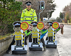 Police 'pop up schoolkids' safety initiative | Fife | 14 December 2017.