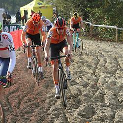 07-11-2020: Wielrennen: EK Veldrijden: Rosmalen<br />(32) Thomas Mein, (17) Pim Ronhaar, (22) Kyle Achterberg