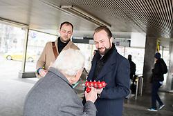 "27.03.2018, Schottentor, Wien, AUT, SPÖ, Fotoaktion mit dem Titel ""Ach du faules Ei!"". im Bild SPÖ-Bundesgeschäftsführer Max Lercher // during photo opportunity of the austrian social democratic party in Vienna, Austria on 2018/03/27. EXPA Pictures © 2018, PhotoCredit: EXPA/ Michael Gruber"
