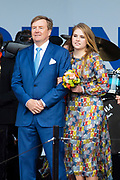 Koningsdag 2019 in Amersfoort / Kingsday 2019 in Amersfoort.<br /> <br /> Op de foto:  Koning Willem-Alexander en prinses Amalia  ///  King Willem-Alexander and Prinses Amalia