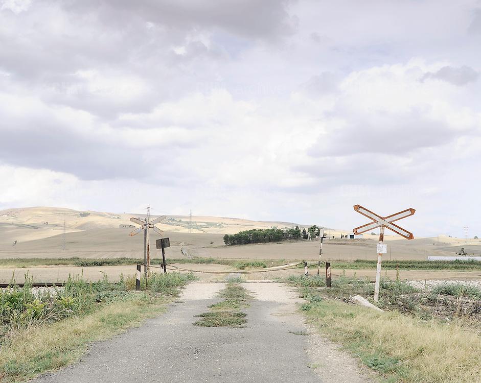Pasaggio a Livello, Irsina. Matera, 11 agosto 2013. Christian Mantuano / OneShot