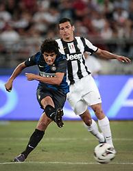 Bari (BA) 21.07.2012 - Trofeo Tim 2012. Inter - Juventus. Nella Foto: Lucio (J) e Coutinho (I)